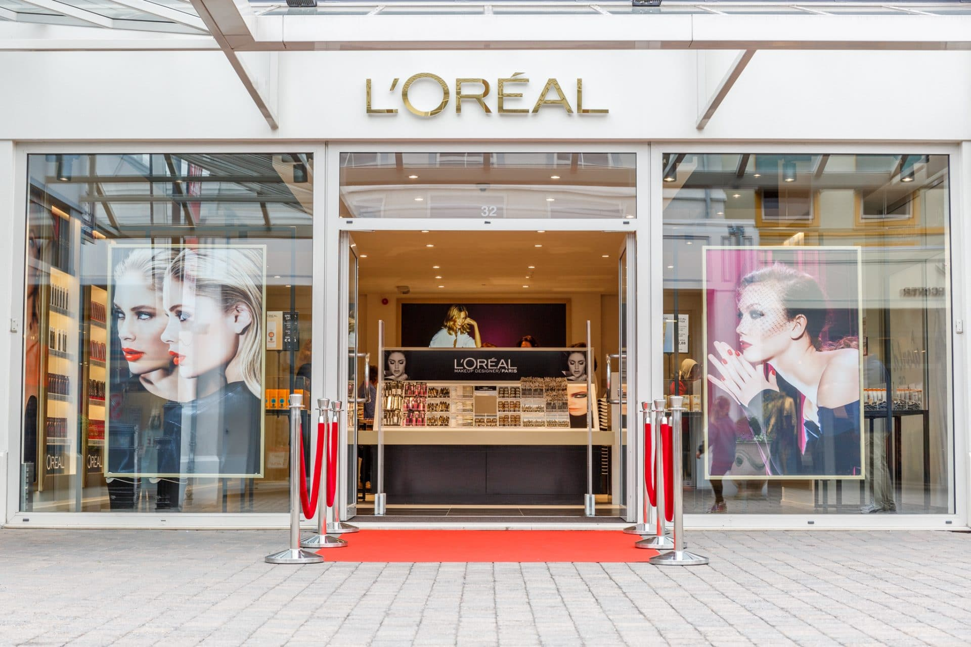 L'Oréal opent outlet store in Roermond