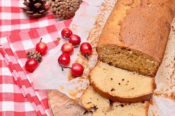 Appelmoes cake met kaneel (zonder boter)