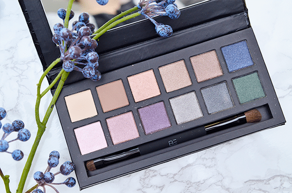 be-creative-backstage-eyeshadow-palette3