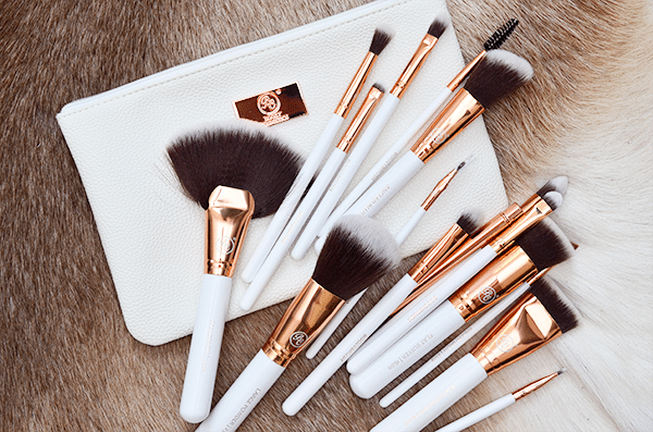 boozy-cosmetics-rose-gold-boozybrush-advanced-set