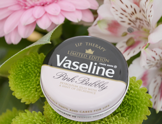 Vaseline Pink Bubbly Lip Therapy