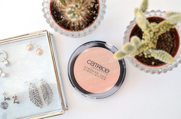 Catrice Contourious Strobing Duo Highlighter