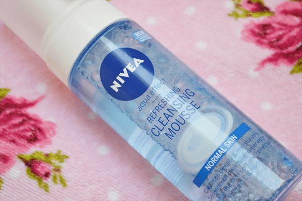 Nivea Aqua Effect – Refreshing Cleansing Mousse