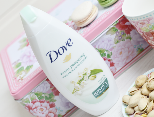 Dove Purely Pampering Pistache & Meiklokjes