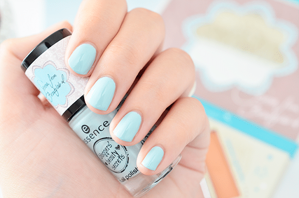 Essence Bloggers' Beauty Secrets By Serena Palette & Nail Polish