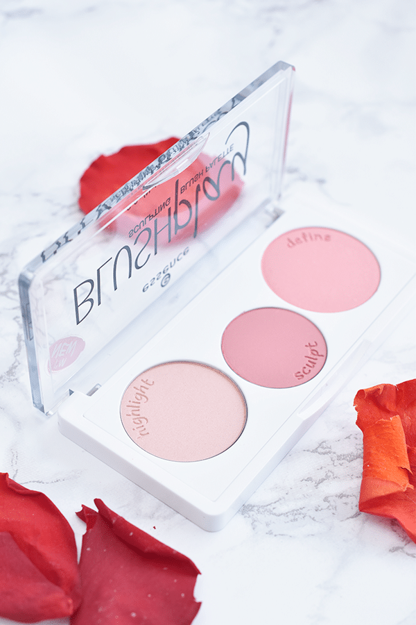 Essence Blushplay Sculpting Blush Palette
