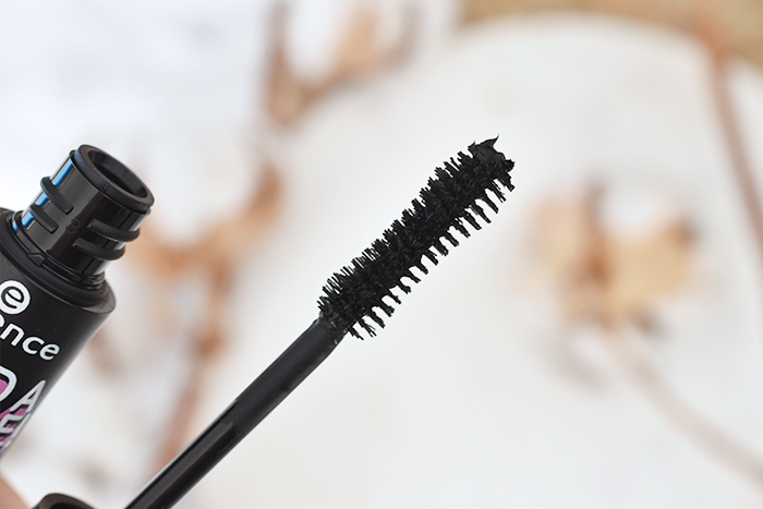 Review: Essence I Need A Miracle Mascara