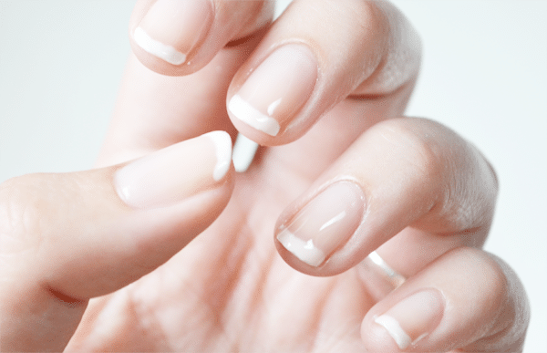 DIY: French Manicure
