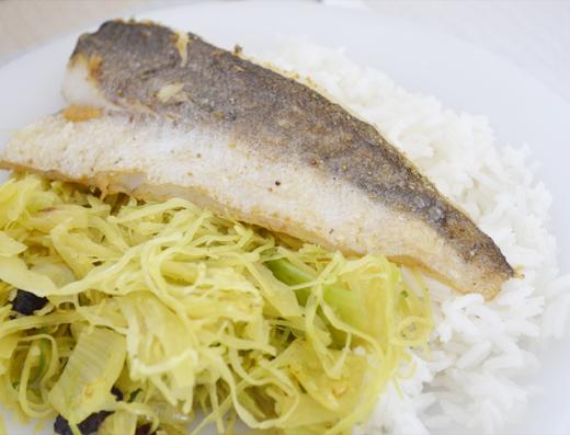 HelloFresh recept: heekfilet met wittekool en Surinaamse rijst