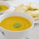 HelloFresh recept: zoete aardappel-wortelsoep met fetapakketjes