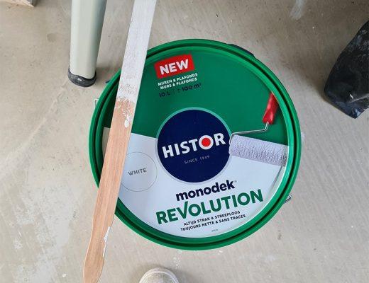 Histor Monodek Revolution 1
