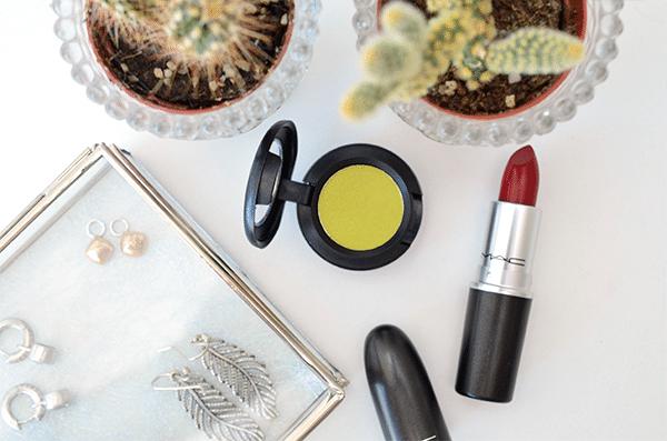 MAC It's A Strike Lipstick & Eyeshadow