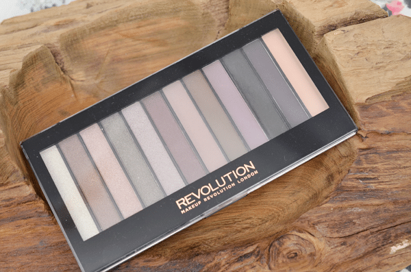 Makeup Revolution Redemption Palette Romantic Smoked
