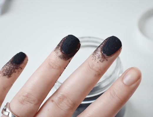DIY: Liquid Sand Manicure
