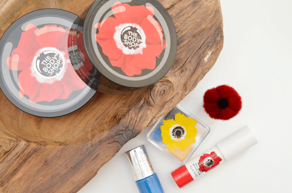 The Body Shop Smoky Poppy Body & Make-Up