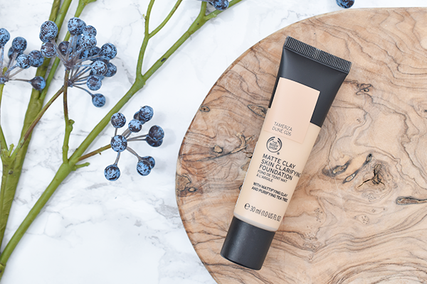 The Body Shop Instamatte, Matte Clay Skin Clarifying Foundation & Make-Up Setting Spray