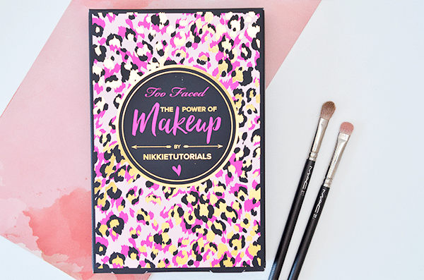 too-faced-the-power-of-makeup-by-nikkitutorials1