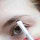 How to: Wenkbrauwen bijwerken met oogschaduw