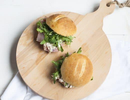 Recept: Broodje ham met uiensalade