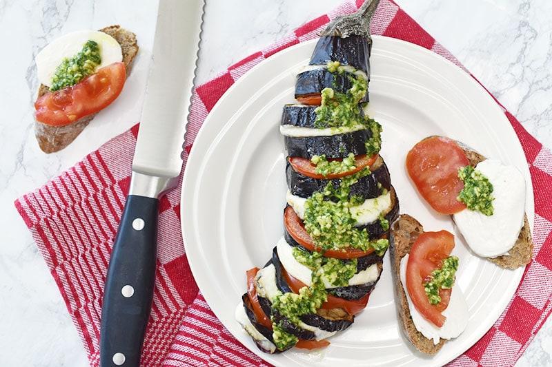 Gevulde hasselback aubergine uit de oven
