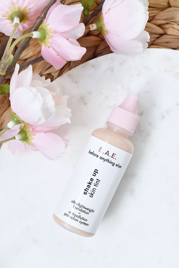 HEMA B.A.E. Shake Up Skin Tint Ultra-Lightweight Foundation
