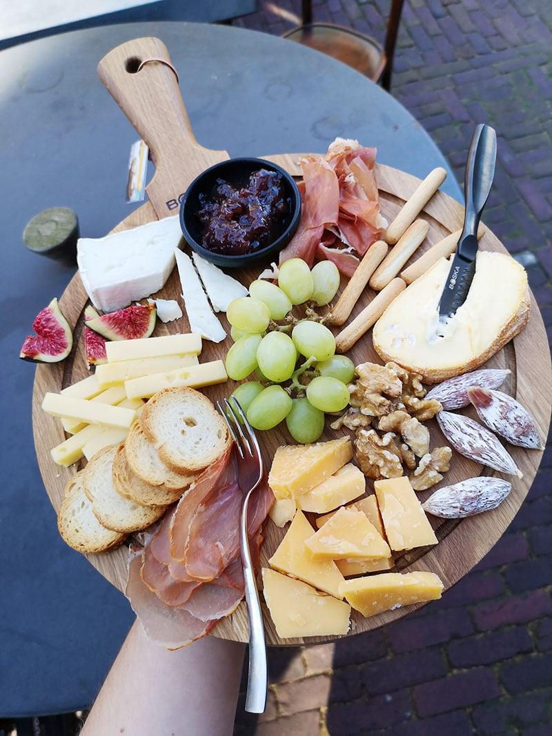 Hoe maak je een kaasplank? – met deze tips lukt het!